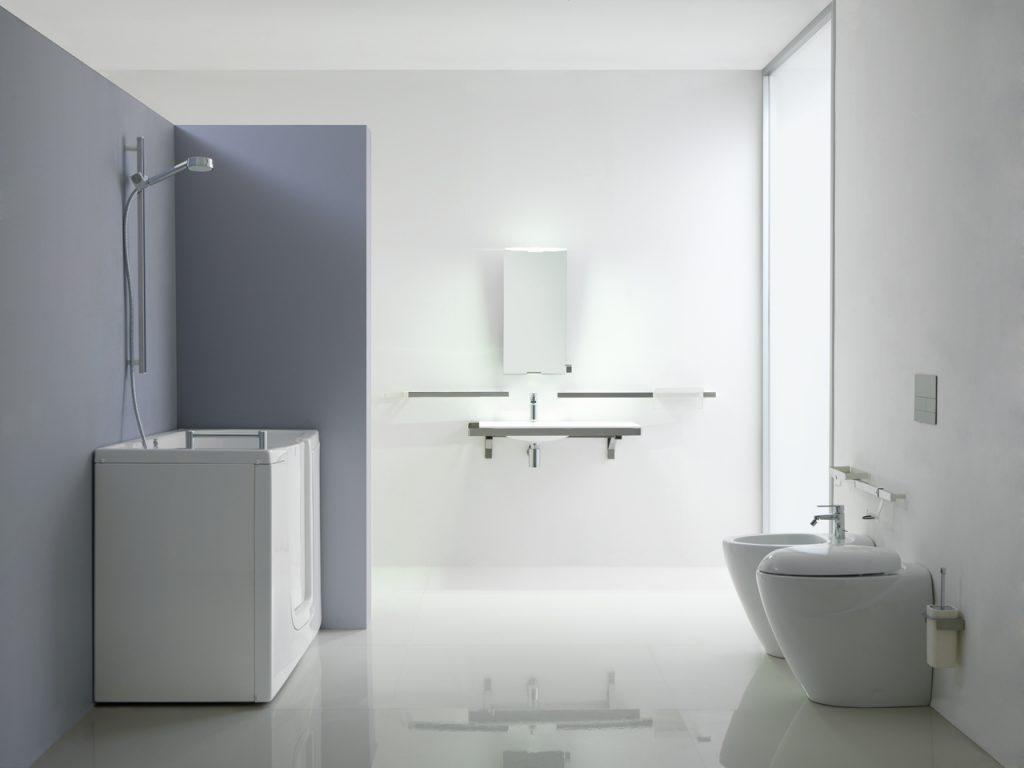 Bagno disabili vasca sportello vita salute e benessere per anziani e disabili - Vasca da bagno per disabili agevolazioni ...