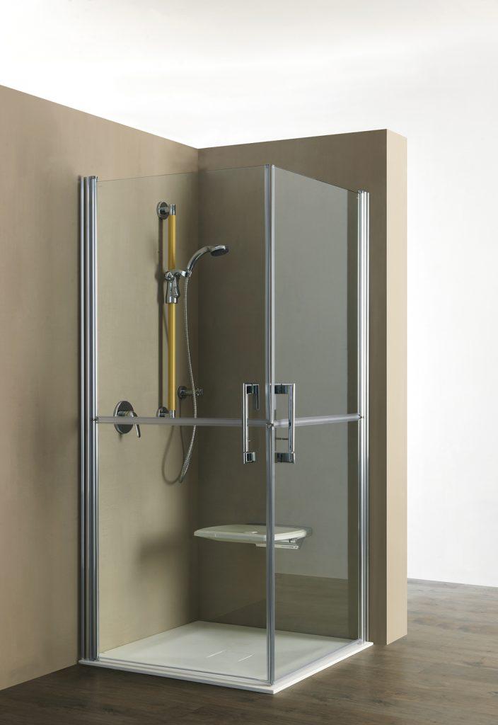 Bagno disabili con doccia vita salute e benessere per - Progettare bagno disabili ...